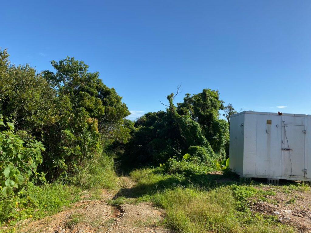 ジュゴンの見える丘入口