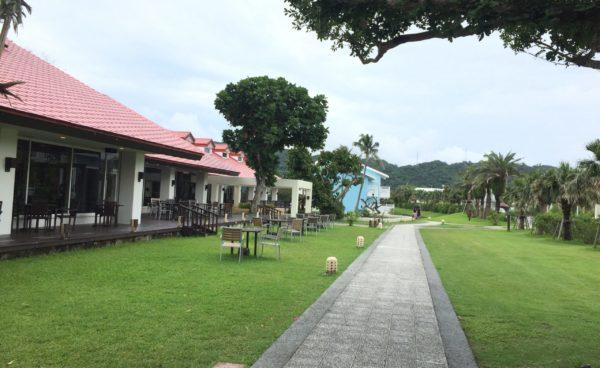 オクマプライベートビーチ&リゾート  約 166,000 件 (0.86 秒)  検索結果 ウェブの結果(サイトリンク付き)  <公式>沖縄リゾートホテル「オクマ プライベートビーチ & リゾート」okumaresort.com ベストレート保証・公式サイトがお得!>やんばるの大自然と天然白砂ビーチを体感できる「オクマ プライベートビーチ&リゾート」では、サンセットを望めるビーチカフェや多彩なプール、南国ならではのアクティビティをお楽しみいただけます。沖縄本島に立地する当 ... 客室|沖縄リゾートホテル 沖縄リゾートホテル「オクマ プライベートビーチ & リゾート」の客室一覧 ... オクマの過ごし方 沖縄リゾートホテル「オクマ プライベートビーチ & リゾート」での過ごし ... レストラン&バー|沖縄リゾート ... 沖縄リゾートホテル「オクマ プライベートビーチ & リゾート」のレストラン ... 潮風のラウンジで寛ぎのリゾート ... 沖縄リゾートホテル「オクマ プライベートビーチ & リゾート」の客室、グ ... アクティビティ|沖縄リゾートホテル 沖縄リゾートホテル「オクマ プライベートビーチ & リゾート」おすすめの ... 【5/8更新】新型コロナウイルス ... ... リゾート」のお知らせや、マリンブログ、エコブログを掲載しています ... okumaresort.com からの検索結果 » ウェブ検索結果  オクマプライベートビーチ&リゾート<4月末 新ヴィラ完成> - 宿泊 ...www.jalan.net › 沖縄県 › 本部・名護・国頭 › 国頭 オクマプライベートビーチ&リゾート<4月末 新ヴィラ完成>の宿泊・予約情報。戸建てヴィラがフルリノベーション。オクマの夏がいよいよ始まる。/じゃらんならお得な期間限定プランや直前割引情報が満載。当日/直前のオンライン予約もOK。オクマプライベート ...  評価: 4.1 - 631 票  オクマプライベートビーチ&リゾート(4月末 新ヴィラ完成) 宿泊 ...travel.rakuten.co.jp › ... › 恩納・名護・本部・今帰仁 オクマプライベートビーチ&リゾート(4月末 新ヴィラ完成)、沖縄本島北部の大自然に囲まれたリゾートホテル。那覇からオクマまで無料シャトルバス運行中です!、那覇空港より沖縄自動車道、名護東道路利用してお車にて約100分。那覇からの無料シャトル ...  評価: 4.3 - 526 件のレビュー - 価格帯: 5,455円~  オクマ プライベートビーチ & リゾート【 2020年最新の料金比較 ...www.tripadvisor.jp › ... › 国頭郡 › 国頭村 › 国頭村 ホテル オクマ プライベートビーチ & リゾートに関する旅行者からの口コミ、写真、地図をトリップアドバイザーでチェック!旅行会社の価格を一括比較してお得に予約をすることができます。オクマ プライベートビーチ & リゾートは、国頭村で1番目に人気の宿泊施設です。 オクマ プライベートビーチ & リゾートに近い人気観光スポットを教えてください。 オクマ プライベートビーチ & リゾートの設備やサービスを教えてください。 オクマ プライベートビーチ & リゾートの客室の設備やサービスを教えてください。 すべて表示  評価: 4 - 1,536 件のレビュー - 価格帯: ¥ (提携サイトのスタンダードルームの1泊平均価格に基づきます)  オクマ プライベートビーチ & リゾート の宿泊プラン - 宿泊予約は ...www.ikyu.com › ... › 沖縄本島北部 ホテル オクマ プライベートビーチ & リゾート 沖縄本島北部の大自然に囲まれたリゾートホテル。客室は全てコテージタイプ。プライベート感漂う安らぎの時間を満喫頂けます。当ホテル自慢の1キロの天然プライベートビーチを完備しております。 アクセス情報が知りたいです。        駐車場はついていますか?     チェックイン、チェックアウトの時間はいつですか?    すべて表示 ペット: 可室数: 全184室  評価: 4.2 - 58 件のレビュー - 価格帯: 2名で13,600円~  オクマプライベートビーチ&リゾート 南国の自然を抱え込む寛ぎの ...okinawa-labo.com › okumaprivatebeach-and-resort 沖縄北部オクマビーチの正面に敷地を抱えこむ、「オクマ プライベートビーチ & リゾート」。 今回ピックアップするネイチャーリゾート、沖縄で40年以上愛されてきた老舗です。 かつての米軍が宿泊コテージとして利用していただけあって、敷